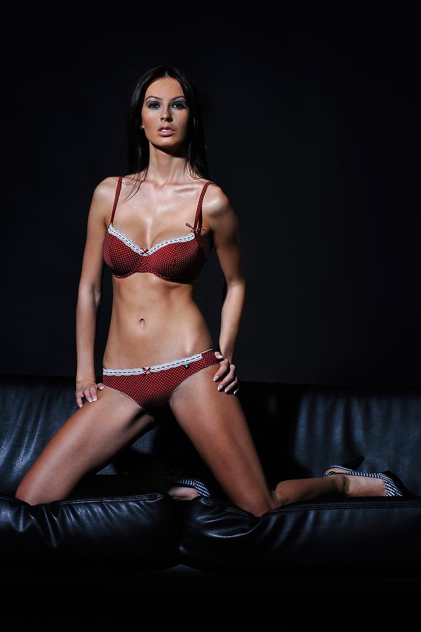 romanjob.lingerie.003