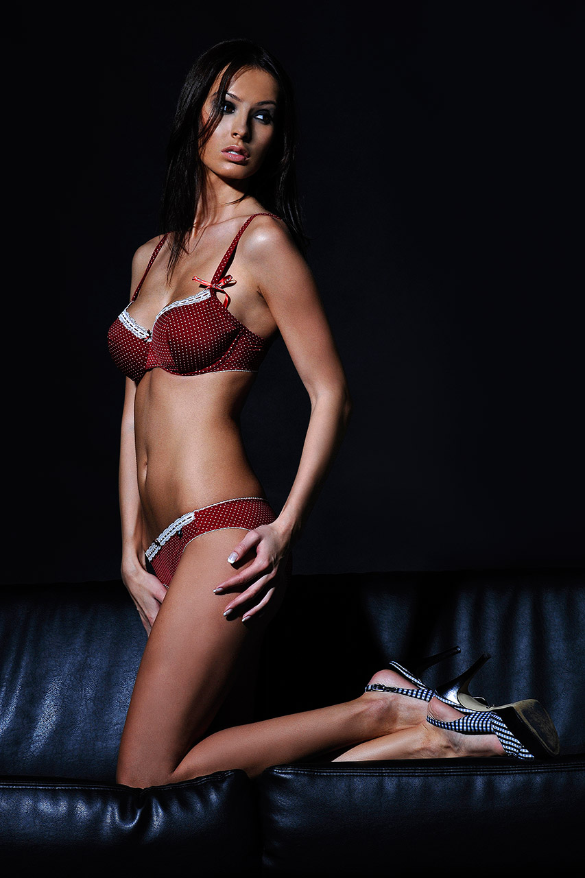 romanjob.lingerie.004